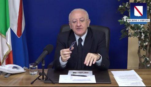 """Coronavirus Campania, De Luca: """"Campagna di vaccinazione e funzioni della tessera post-VAX"""" (Video)"""
