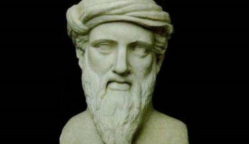 Pitagora: la cosmologia, il rapporto corpo-anima e il suo teorema